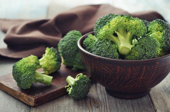 Broccoli-Plant-Stages-Broccoli