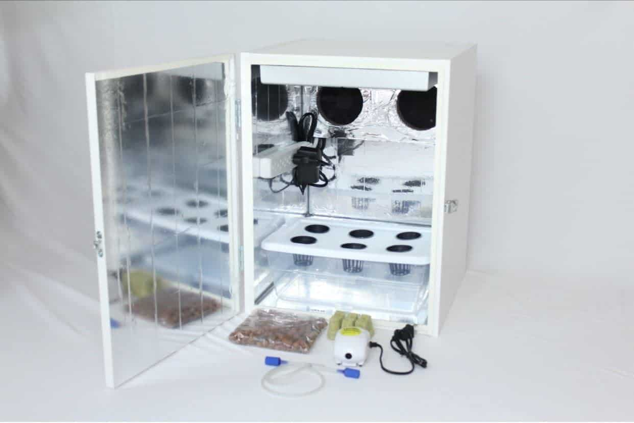 "Hellogrower 20"" Stealth LED Grow Box with Hydroponic System"